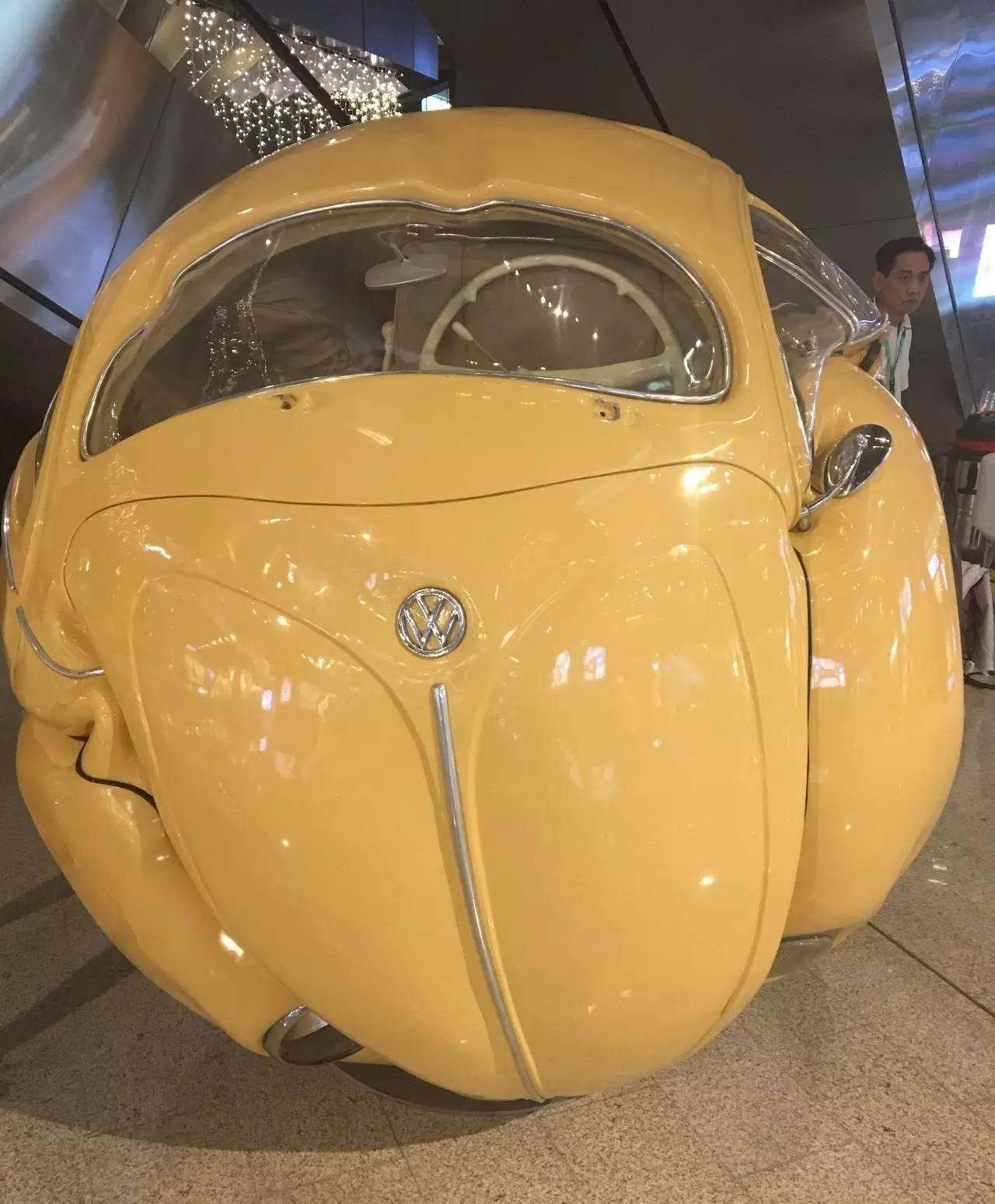 真车制作的《甲壳虫球体》-如果要在北京选出最爱的商场,我选择这高清图片