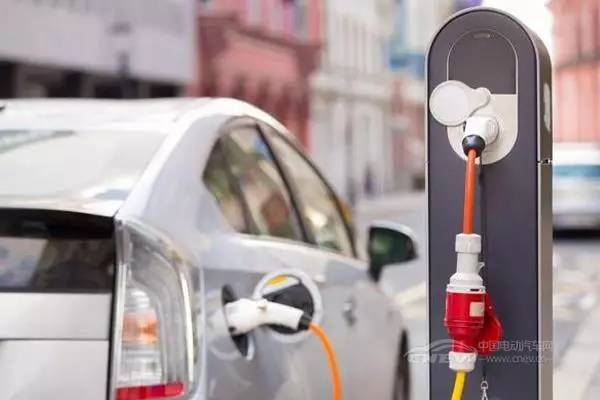 新能源汽车未来将不需要4S店?!