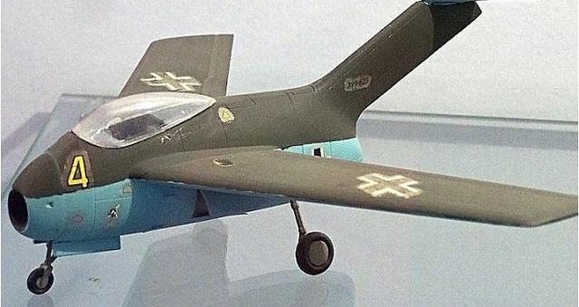 二战末期德国夭折的喷气式战机,成就了战后美苏第一代喷气战斗机