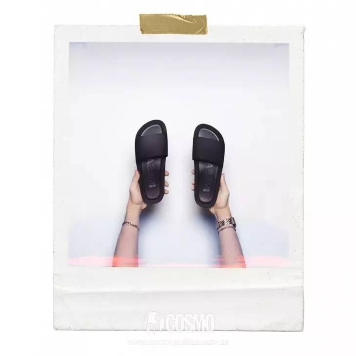 小时候备受嫌弃的塑料拖鞋,竟然真的在时尚圈翻身了! 服饰潮流 图36