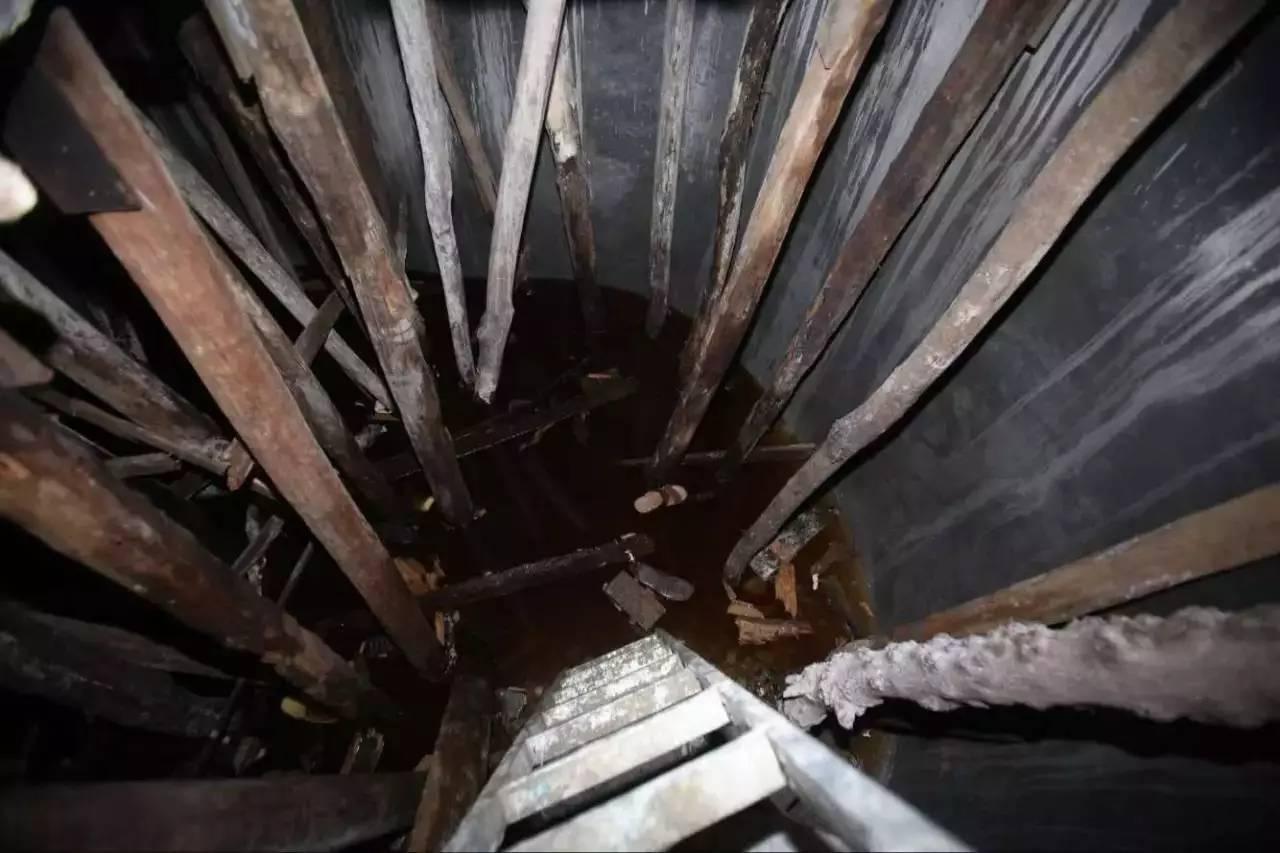 工业盐装车图片