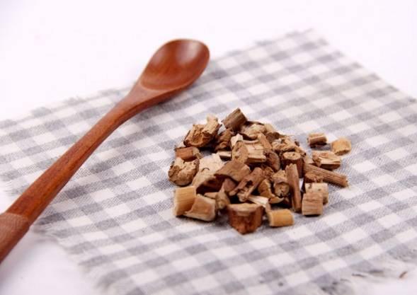 藿香正气水不只是祛暑湿良药,也能治八种皮肤病