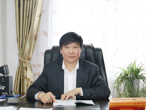 信阳市阜新电话校长苏锡永:实现职普教育a电话发展高中育才新县高中图片
