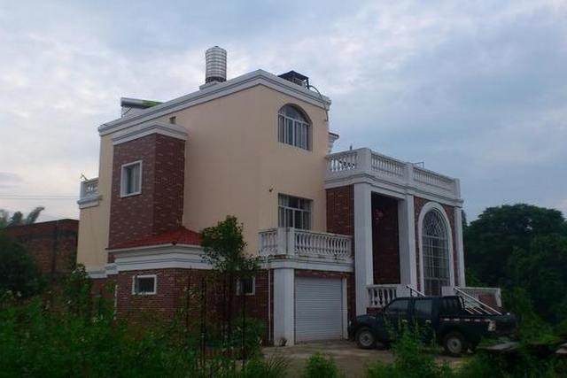 在农村建个小别墅到底要花多少钱?看完无语