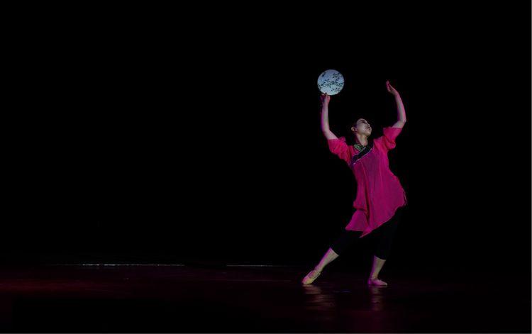 激情热舞,绽放音乐活力青春舞蹈学院演出汇报如何绘制at8989ss5252图片