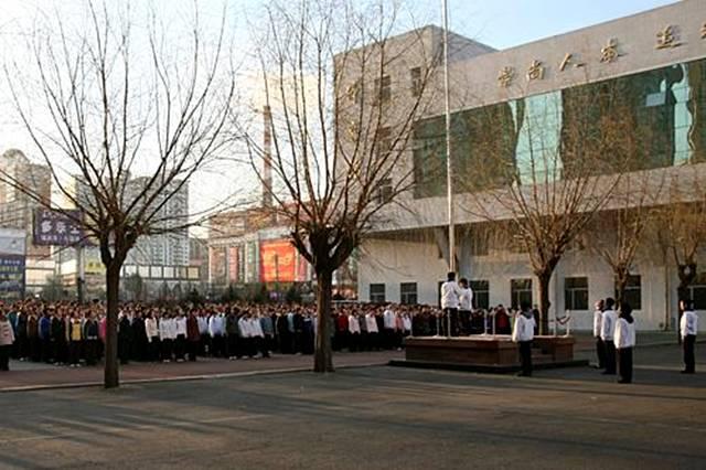 黑龙江省实验中学位于市中心-高考刚结束,哈尔滨就有3所中学被北大图片