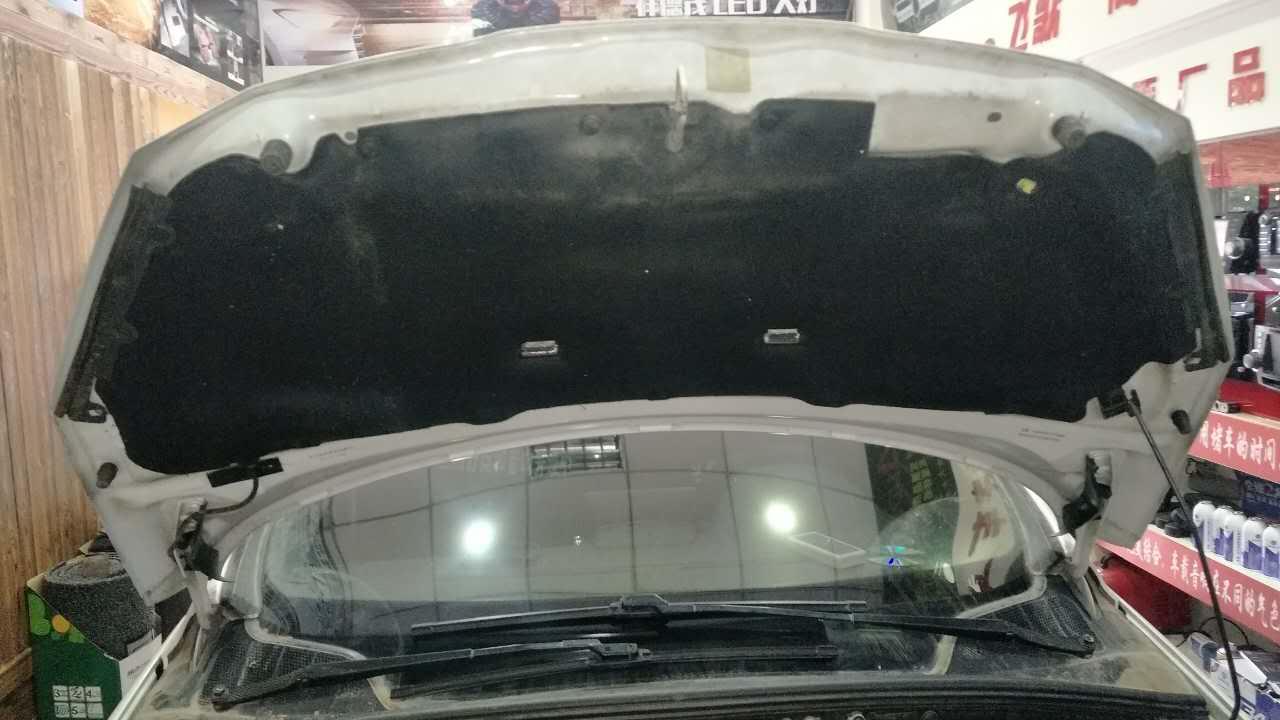 兰州舒泰和汽车音响改装,标致308整车隔音降噪高清图片