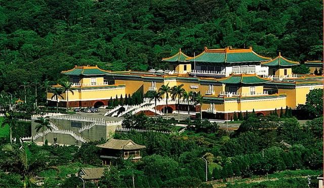 当年到底有多少故宫文物迁往台湾?台北故宫博物院珍品一览