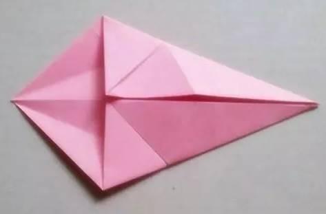 郁金香的手工折纸步骤图解