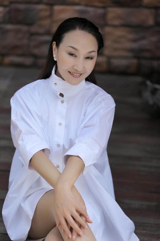 操阿姨影院-无码_杭州近60岁下岗阿姨逆生长 冻龄皮肤年轻如少女