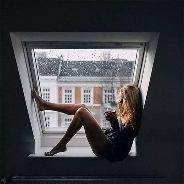 每周文艺丨一扇窗满足了我对家的所有想象~