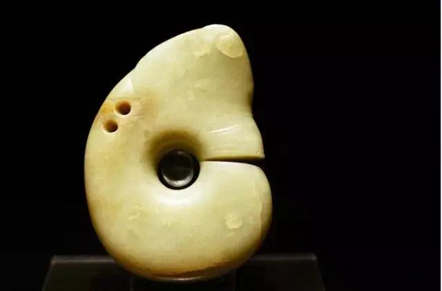 中华名族散落在世界各国博物馆的高古玉品鉴
