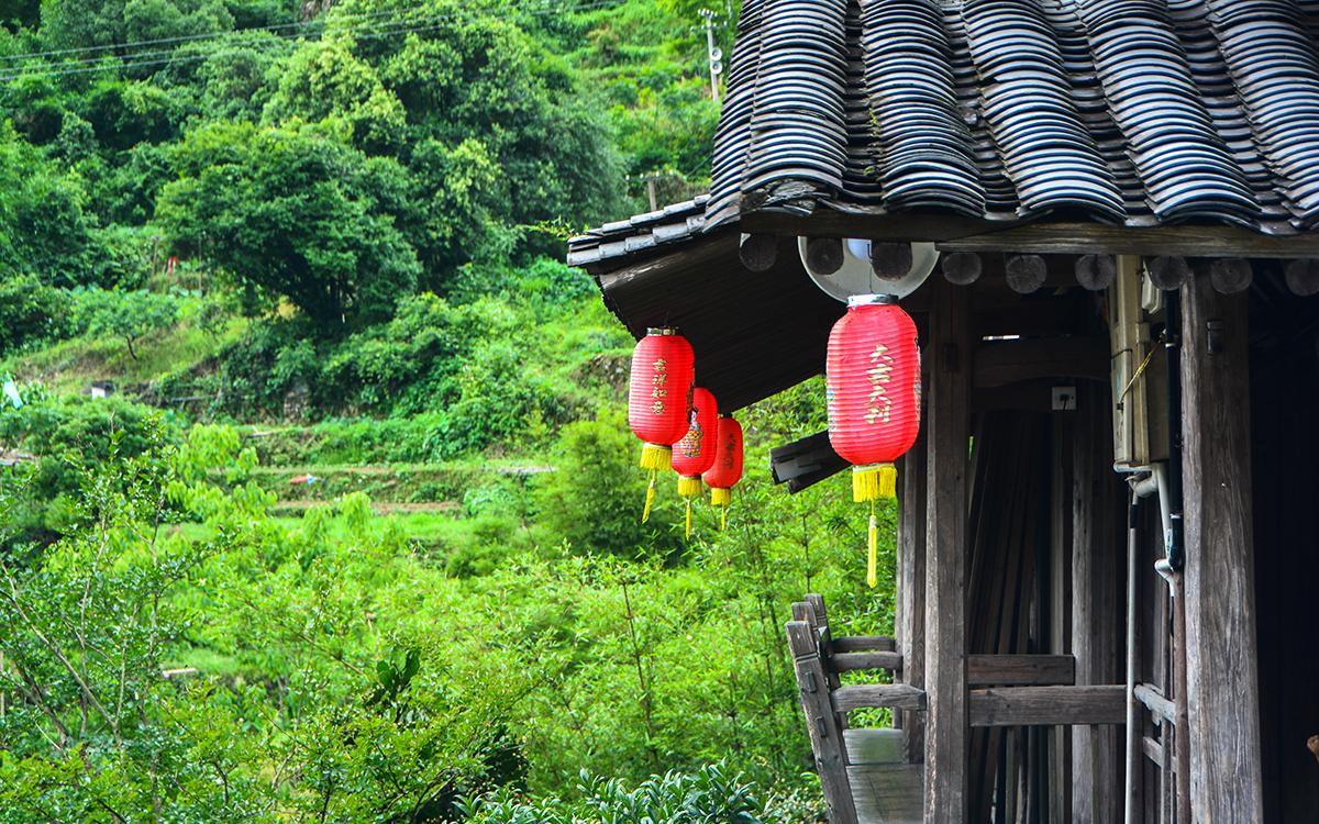 """浙江最美村落深藏""""黄果树瀑布"""",至今制瓷300年"""