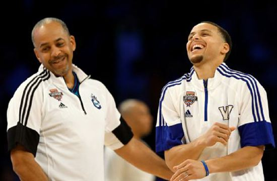 Stephen Curry贏球逼老爸