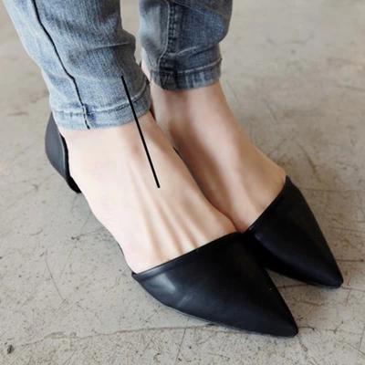 尖头高跟鞋前面挤脚怎么办 女人高跟鞋可以配棉袜子