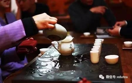 喝茶礼仪大全,不仅懂茶,也要讲礼