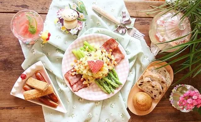 手绘早餐菜单背景