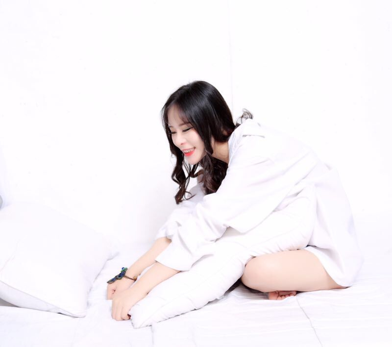 美女最骚露逼囹�a_90后美女博士胸器逼人 欲挑战柳岩