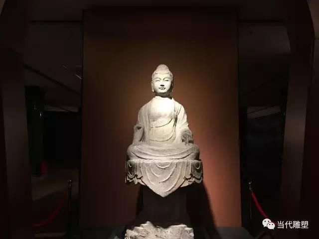 石雕佛像1
