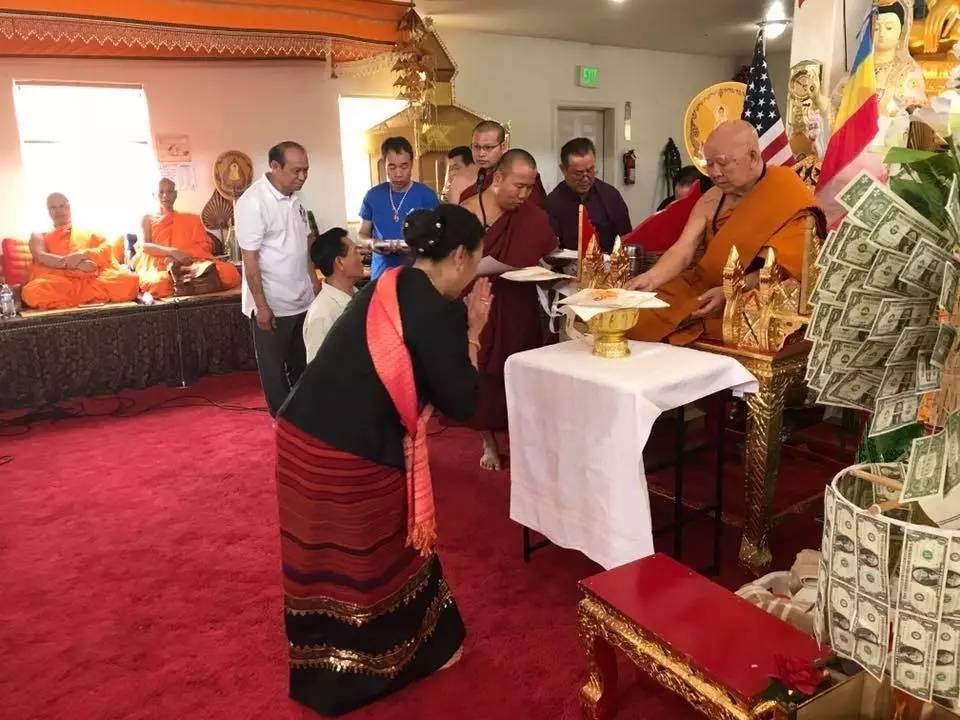 上周末,美国丹佛西双版纳和老挝泐人寺院举行新戒堂建成典礼
