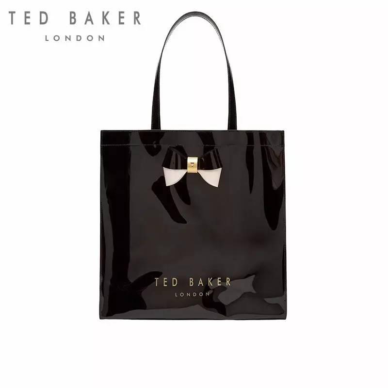 -2016秋冬精致蝴蝶结购物袋大容量-   -2017春夏新款印花购物袋-   除了钱包,还心水她们家的购物袋,包包的图案精致得和一幅画一样~   -2017春夏新款印花购物袋-