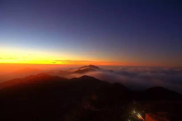 肉眼看满天繁星,还能赏云海日出,深圳边的这里美翻了!