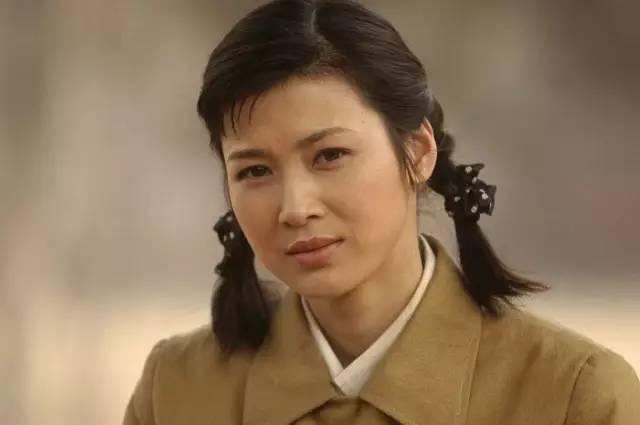 她是 亮剑 唯一女主角,孙俪曾给她配戏,正剧脸的力量太强大