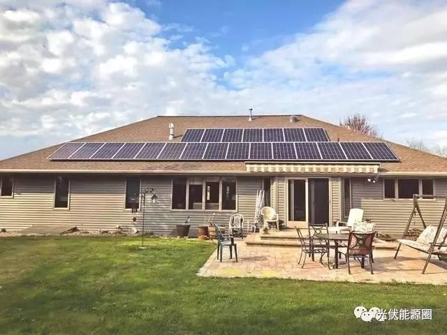 安装屋顶的别墅上都听说了光伏别墅1310两双拼电站层图片