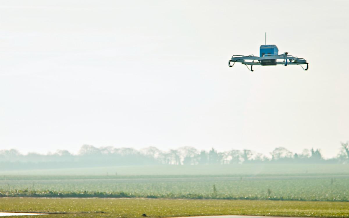 从亚马逊无人机新专利,我看到了无人机送货的未来场景