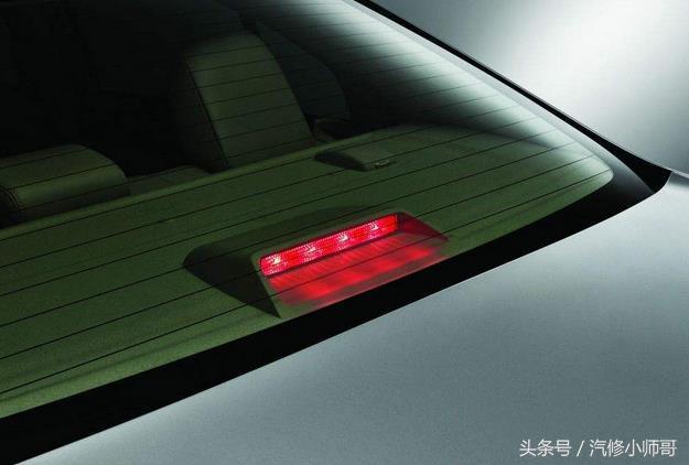汽车制动系统,制动灯电路故障怎么办