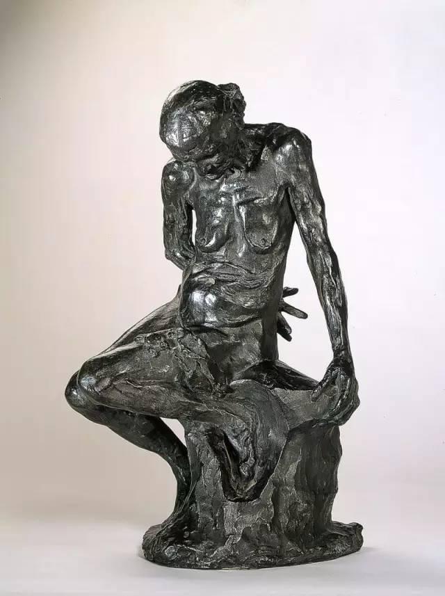 抽象女人体铸铜雕塑