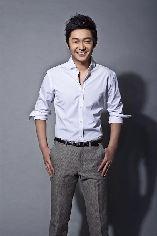 娱乐 正文  据悉,演员墨阳在电影《人生在世》中饰演志愿扶贫的干部