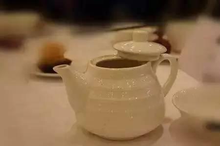 打开茶壶盖表示要加水图片
