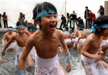 裸祭节,日本三个最古老的节日之一