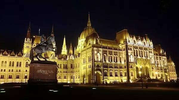 """""""茜茜公主""""的小国大城:一个你不知道的匈牙利"""""""