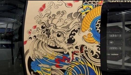 """车市江湖扛把子,""""纹身版""""法拉利~ 历史上的今天 2017.06.图片"""