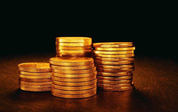 黄金交易开户-即投资者做一手100盎司价值12万美元以上的标准黄金合约