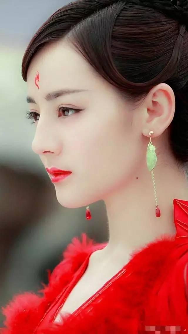 韩国网友评选中国古装四大美女明星,第一最无
