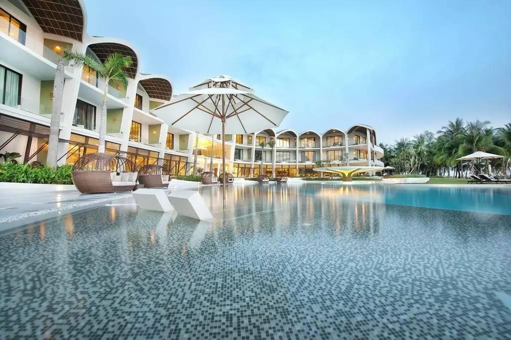 欢乐颂2普吉岛度假酒店