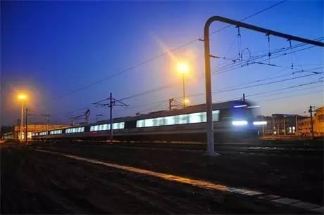 """厉害了!郑州地铁半年运客121212万人次,运营里程402"""""""