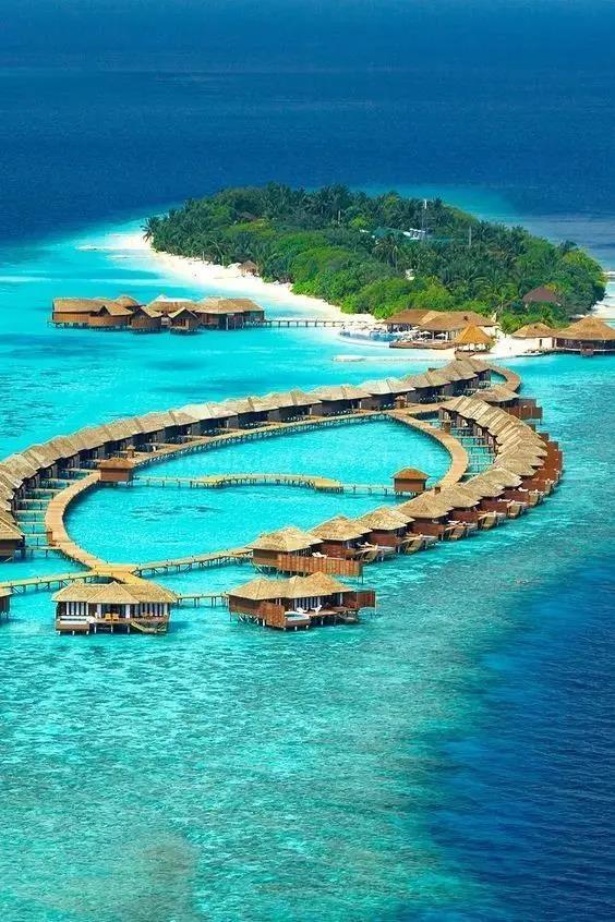 w宁静岛 w retreat & spa 美轮美奂的海岛天堂 蓝天,白云,椰树,沙滩