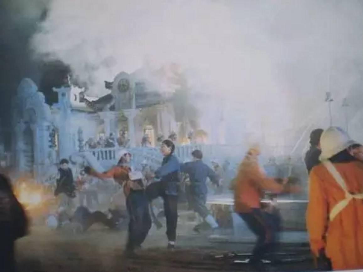 火烧圆明园电影图片