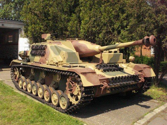 挖土党挖出二战德军装备 修复后成为世界仅存的3辆之一图片