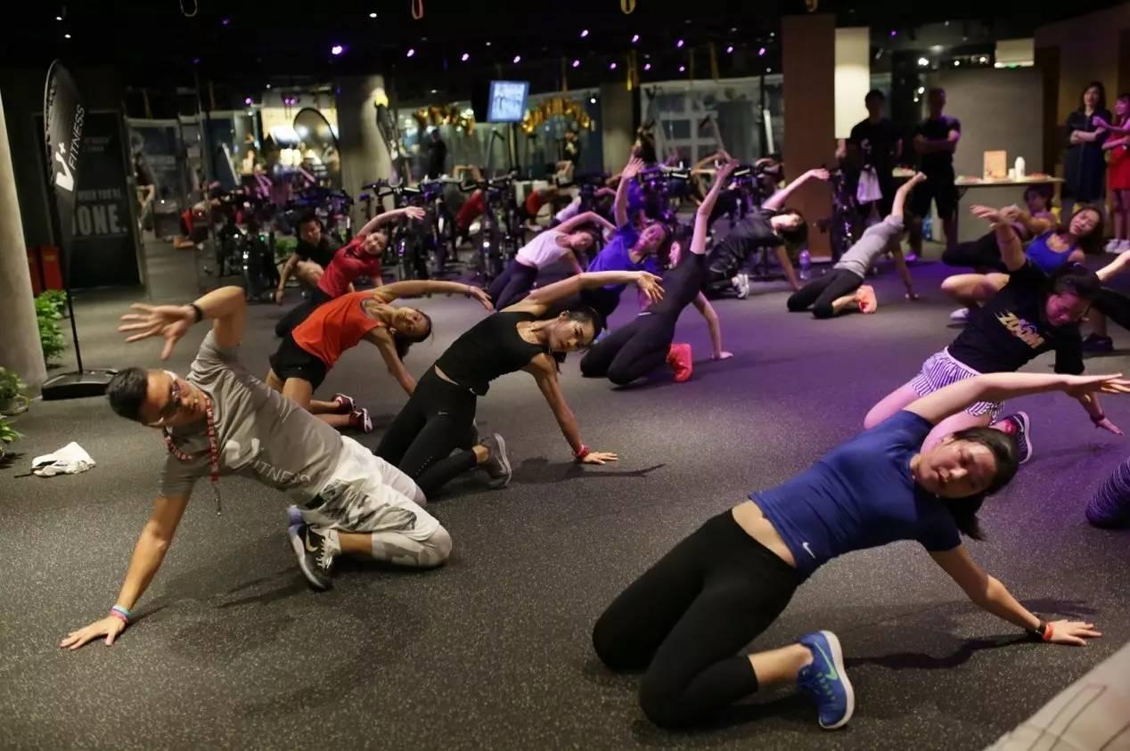 场健身_除了ntc和动感单车,你还可以选择来一场有趣又有效如同私教课的健身