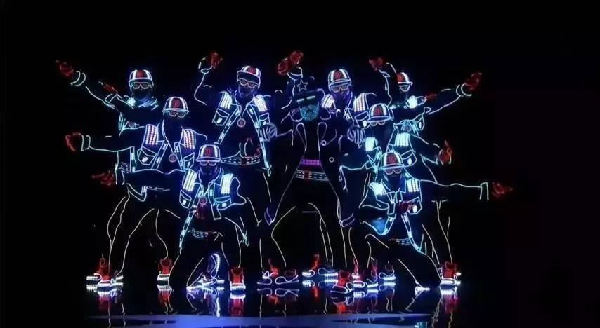 """乌克兰萤光舞团:创意光影魔术舞蹈"""""""