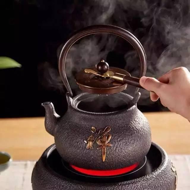 黑茶的喝法与功效图片