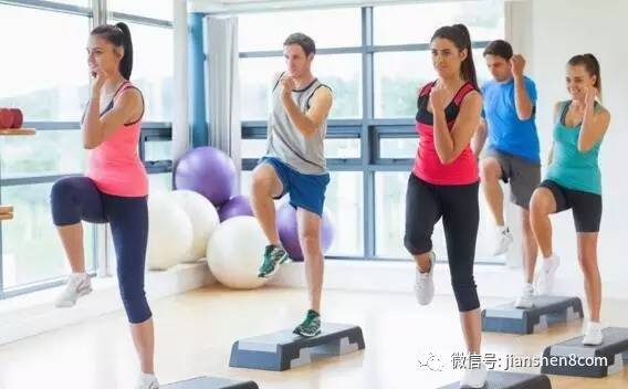彭昱畅减肥做的七个动作图片