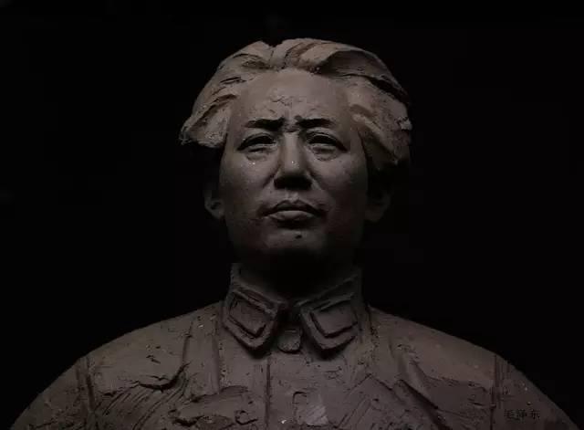 毛泽东像泥塑雕塑