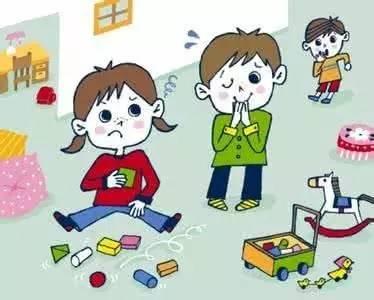 早教早知道:宝宝们一起玩总抢玩具怎么办?图片