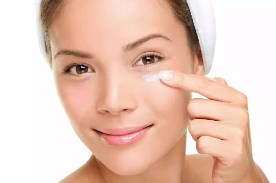 眼霜可以去眼袋 皱纹 黑眼圈吗 关于眼霜的 6 个真相